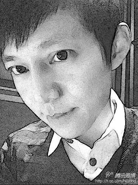 """何炅/何炅与石狮子比萌耍""""威武""""微博曝光素描照片"""