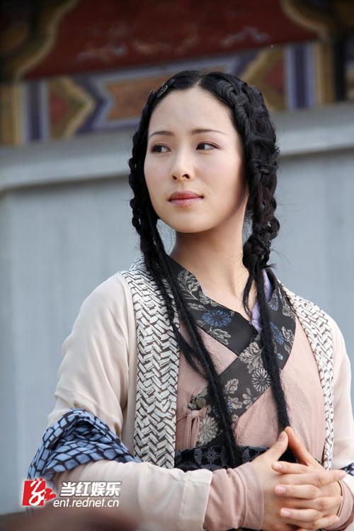 江一燕《四大名捕》绝色亮剑 首次挑战打女形