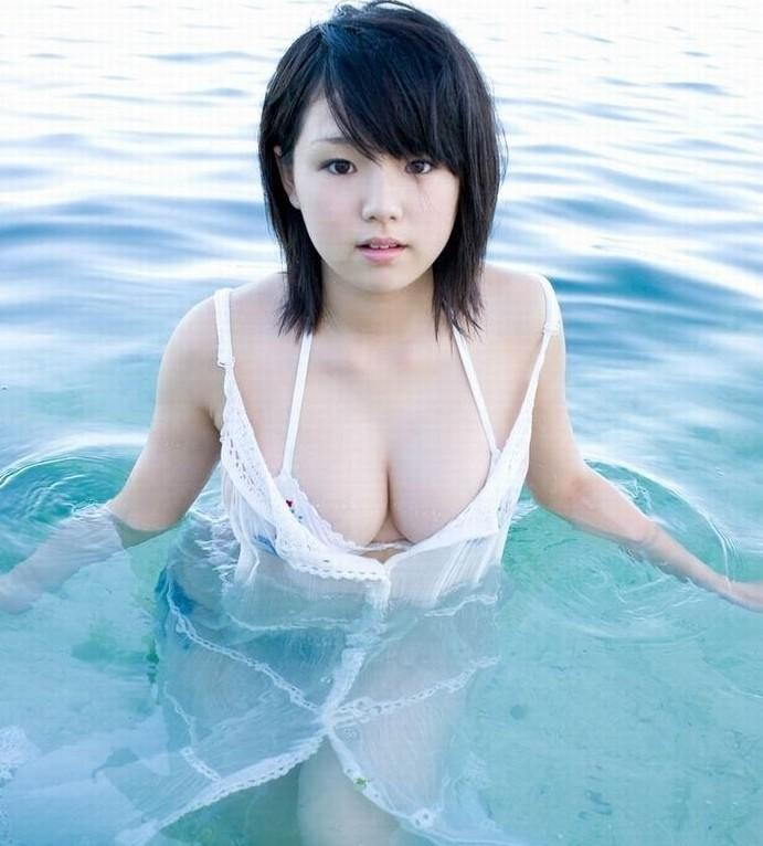 日本童颜巨乳女星筱崎爱