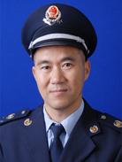 浏阳市国税工业园分局税管员郑辉。