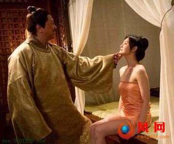 杨幂谢霆锋被删激情戏全曝光