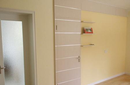 装修/80平方米装修效果图:这是客厅的隐形门,是在同学的建议下设计...