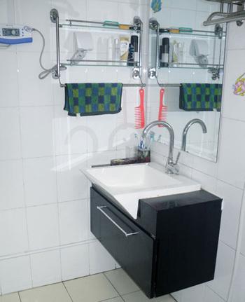 装修 桑乐/80平方米装修效果图:最后来看一下我们的洗手间,这个浴室柜是...