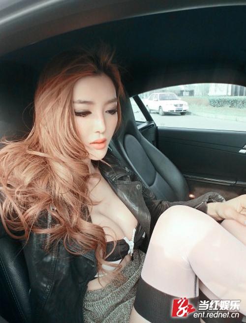 李颖芝长腿丝袜诱惑+黑丝白丝你喜欢哪个?