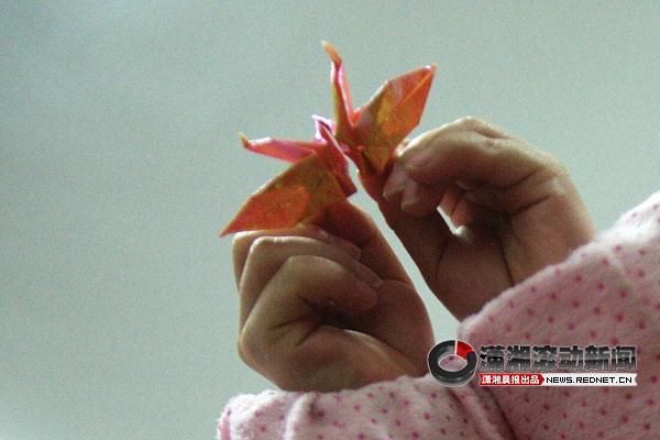 11岁v女孩女孩染hiv续:初中称帮她去领药[图]妈妈部位女生图片