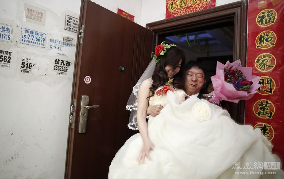 小伙40天娶回越南新娘
