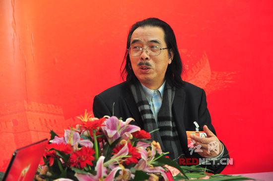 雷宜锌委员做客《实干2013》:把城市建成没有围墙的艺术馆
