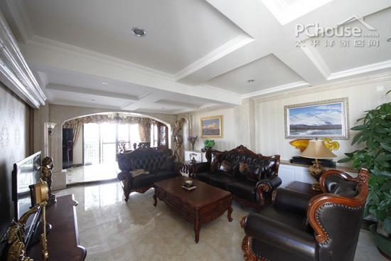 9种客厅吊顶设计;;