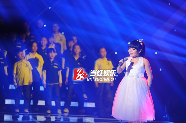 """胡云红)号称儿童版""""好声音""""的音乐节目"""