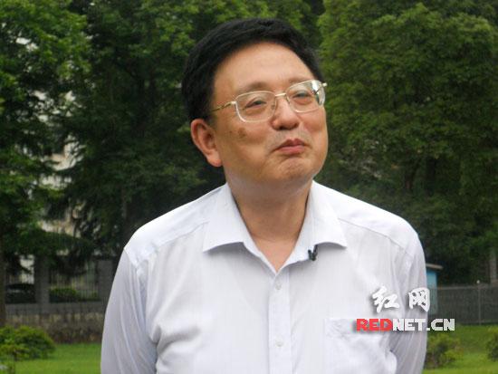 """湖南师范大学资源与环境学院教授朱翔谈""""四大区域板块""""发展"""
