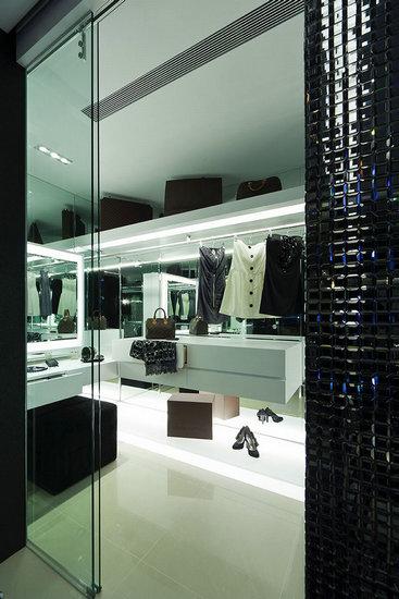 更衣室设计-前卫精省两不误 100平2居室物超所值