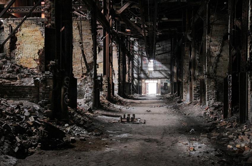 美废弃发电厂变身