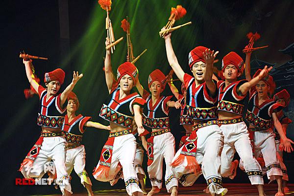 侗族群舞 醉芦笙