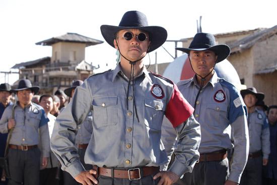 帅气的西部牛仔装扮