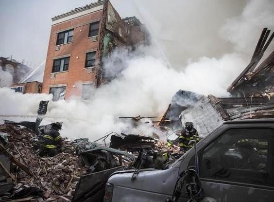 [视频]实拍纽约建筑物爆炸倒塌 浓烟滚滚