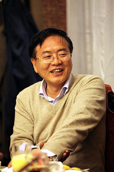中共中央文献研究室副主任 陈晋