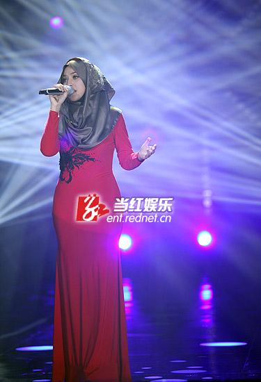 歌手茜拉素颜照