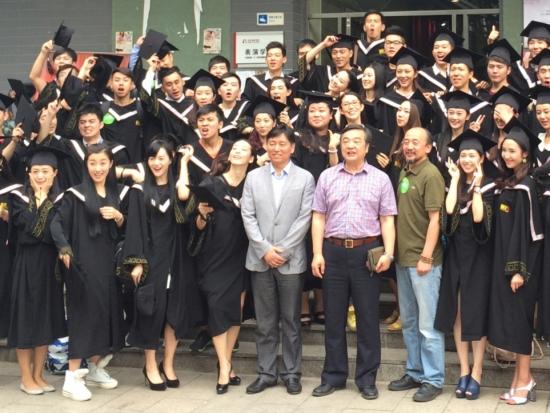 北京电影学院表演系10级本科2班集体合影图片