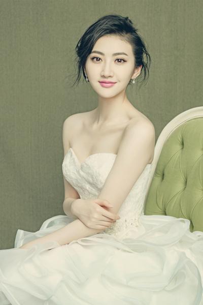 (景甜高贵性感)-景甜清新素雅写意婚纱大片图片