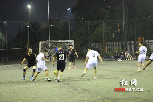 (五人制足球赛)-凤凰县举办 职工之家 杯乒乓球 五人制足球比赛
