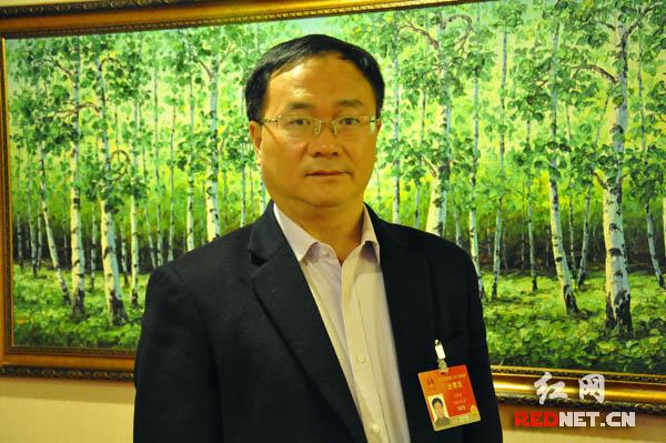 全国人大代表刘潭爱:让消费者成纳税主体