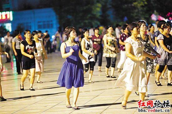 体育总局推12套统一编排广场舞,你怎么看?