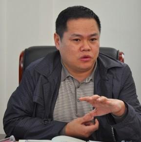 湖南省社科联副主席、研究员 汤建军
