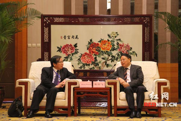 湖南省副省长张剑飞在长沙会见亚洲开发银行副行长张文才一行。