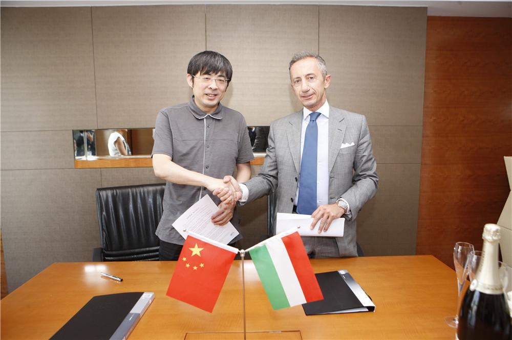 《看电影》策划指导三木及意大利国际事务部负责人