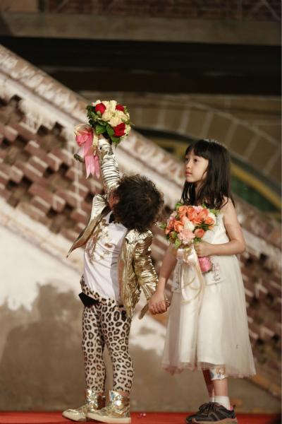 婚礼 婚纱 婚纱照 结婚 400_600 竖版 竖屏