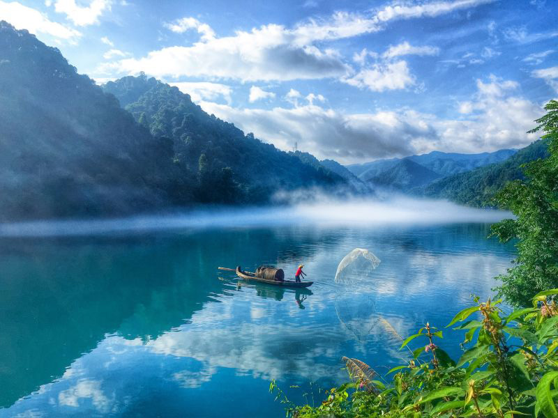 Dongjiang Lake: A pearl in Central China