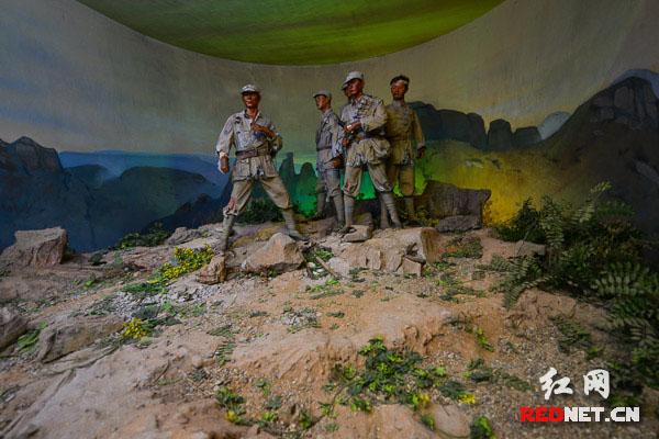 狼牙山五壮士与日寇战斗至最后一刻的实景展示