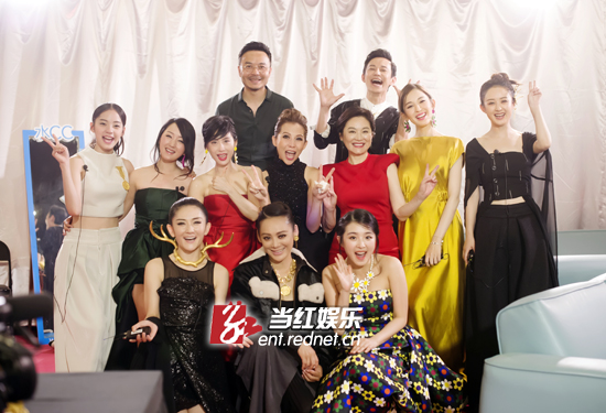 林青霞在《偶像来了》治好了害怕镜头的毛病。