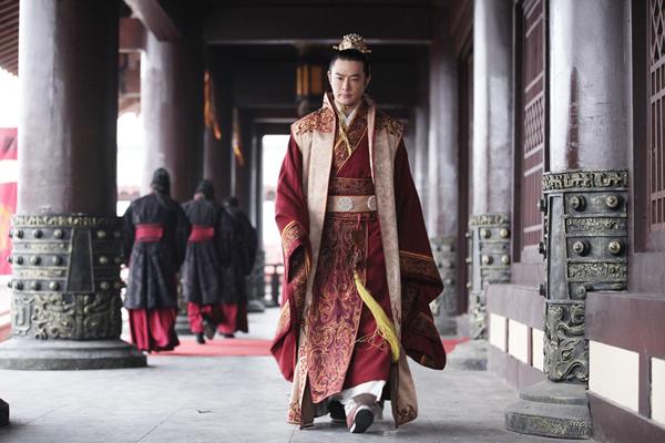 《琅琊榜》黄维德回应改编:誉王强大权谋才好看