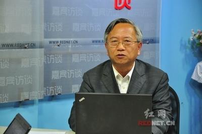 大陆新儒家代表人物之一、湖南大学法学院原院长 杜钢建