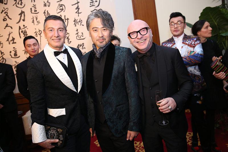 吴秀波低调出席时尚活动 《北西2》杀青后首露面
