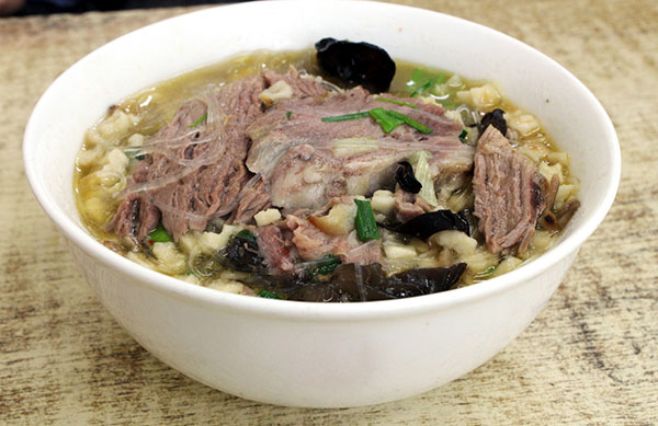 Xi'an seeks to standardize its famous dishes