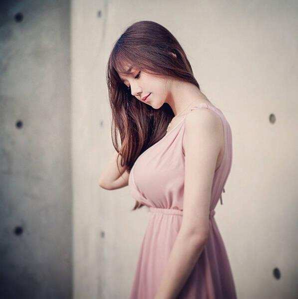韩国视频女主播因逆天网络爆红广场舞性感身材熟女图片