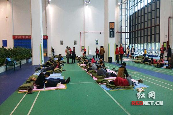 安置点的内部。深圳市芙蓉青年服务中心/供图