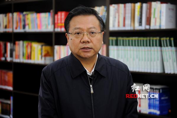 郴州市委书记易鹏飞接受红网时刻新闻记者专访。