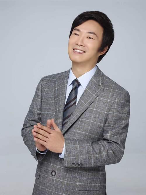 费玉清试水网络综艺 《国民美少女》任校长
