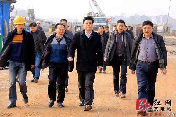 彭新军视察指导东环线和洣水风光