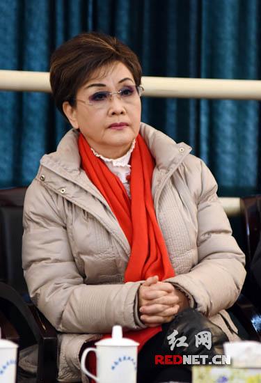 李谷一说希望花鼓戏后继有人,别让传统文化只是陈列在博物馆里。