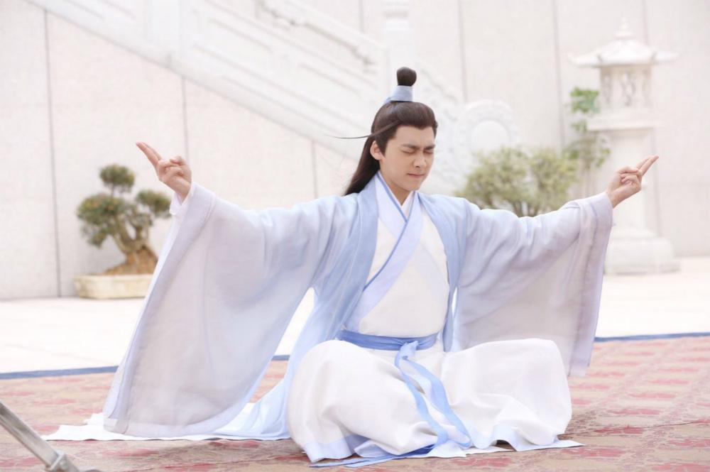 《诛仙青云志》正在横店热拍,国民男神李易峰所饰演的男主角张小凡