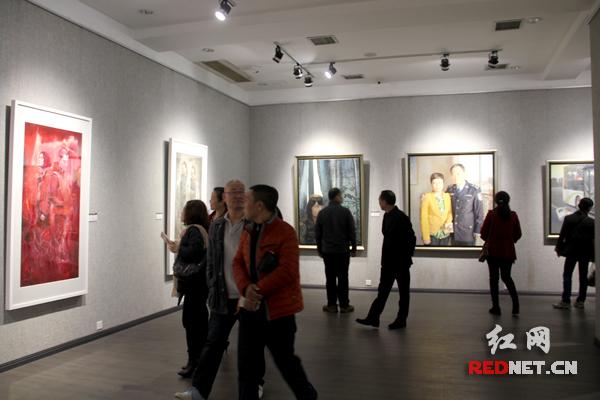 八名青年画家作品亮相湖南省画院美术馆
