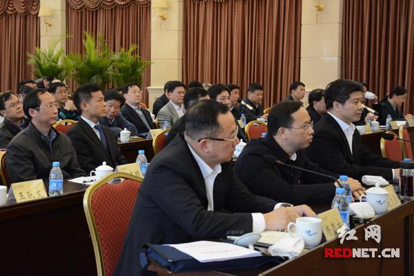 参加谈话的新任职干部纷纷表示,坚决拥护省委的决定,坚决服从组织的安排,全力履行好自己的职责。