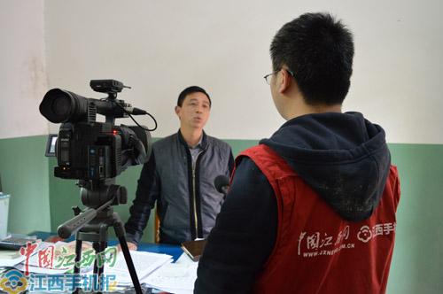 """赵长仁的同事说,赵长仁""""工作上瘾""""是出了名的(记者王樊摄)"""