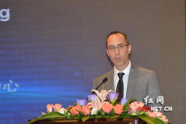 世界银行集团新加坡基础设施和城市发展中心主任Jordan Schwartz。