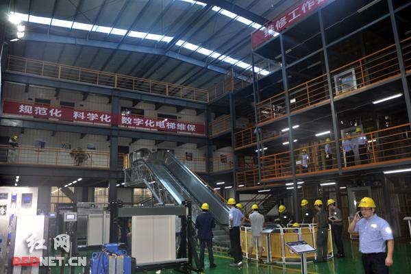 奥的斯湘潭电梯实训中心培训现场。