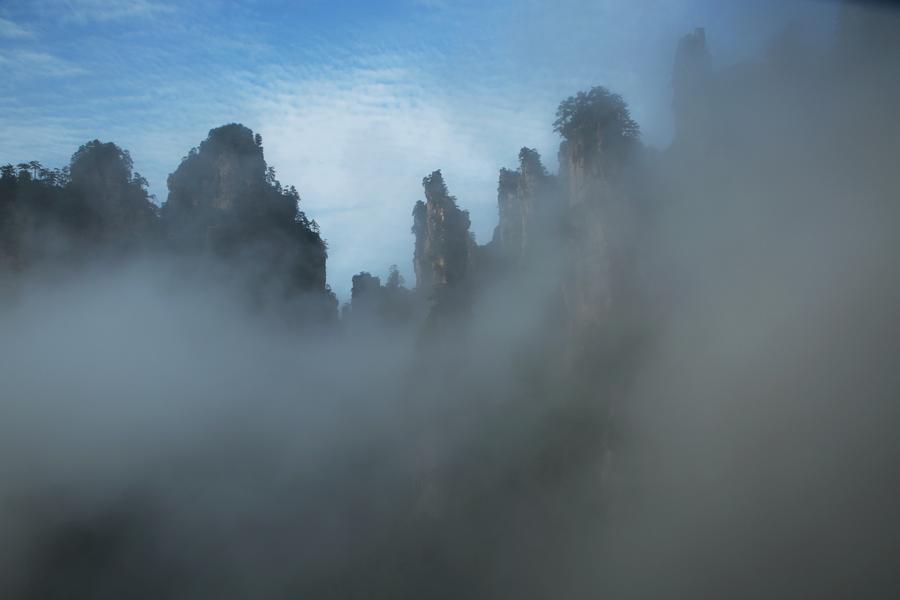 Fog scenery seen in Zhangjiajie